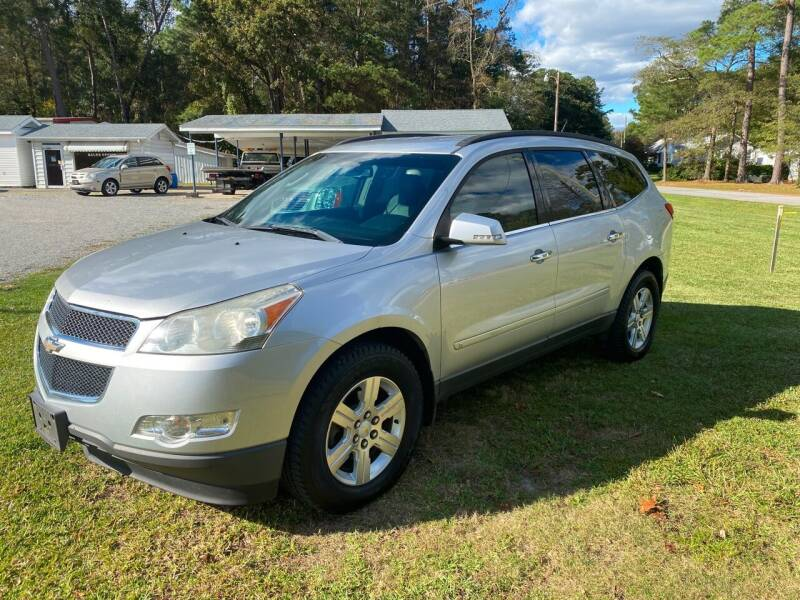2010 Chevrolet Traverse for sale at Robert Sutton Motors in Goldsboro NC