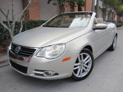 2009 Volkswagen Eos for sale at FLORIDACARSTOGO in West Palm Beach FL