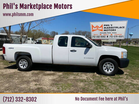 2011 Chevrolet Silverado 1500 for sale at Phil's Marketplace Motors in Arnolds Park IA