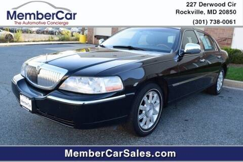 2008 Lincoln Town Car for sale at MemberCar in Rockville MD