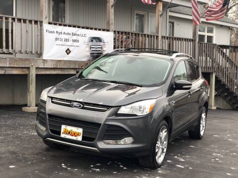 2015 Ford Escape for sale at Flash Ryd Auto Sales in Kansas City KS
