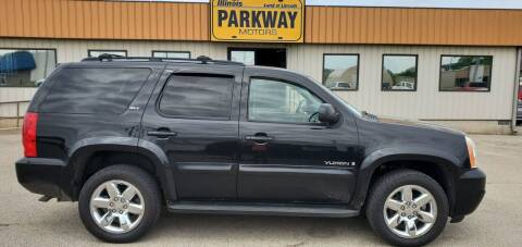 2009 GMC Yukon for sale at Parkway Motors in Springfield IL