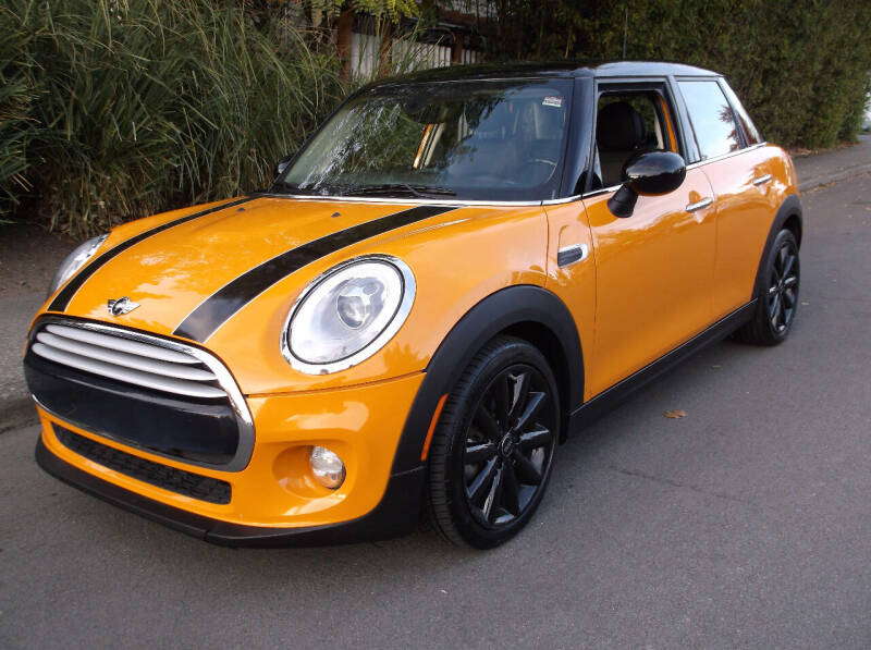 2015 MINI Hardtop 4 Door for sale at Eastside Motor Company in Kirkland WA