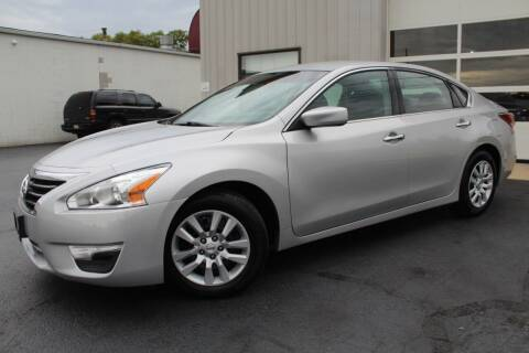 2013 Nissan Altima for sale at Platinum Motors LLC in Reynoldsburg OH