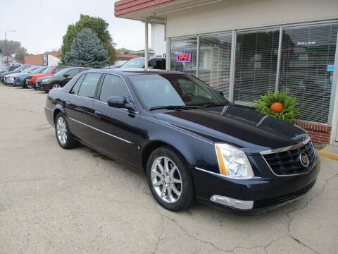 2006 Cadillac DTS for sale at Choice Auto in Carroll IA