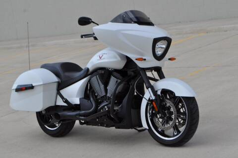 2016 Victory Cross Country for sale at Select Motor Group in Macomb Township MI