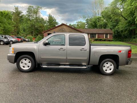 2013 Chevrolet Silverado 1500 for sale at Lou Rivers Used Cars in Palmer MA