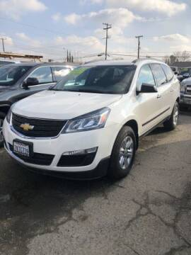 2015 Chevrolet Traverse for sale at New Start Motors in Bakersfield CA