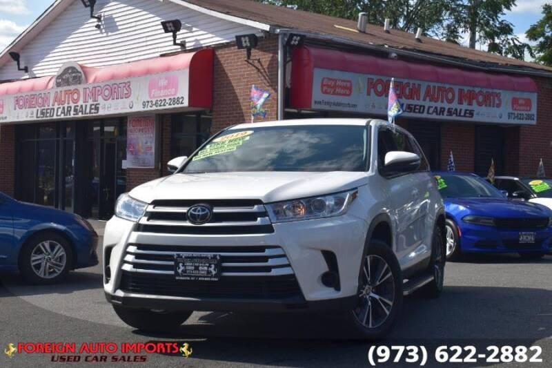 2019 Toyota Highlander for sale at www.onlycarsnj.net in Irvington NJ