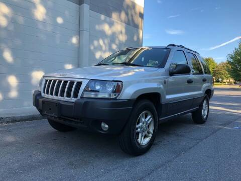 2004 Jeep Grand Cherokee for sale at PREMIER AUTO SALES in Martinsburg WV