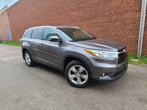 2015 Toyota Highlander for sale at Minnesota Auto Sales in Golden Valley MN
