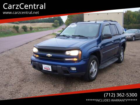 2005 Chevrolet TrailBlazer for sale at CarzCentral in Estherville IA
