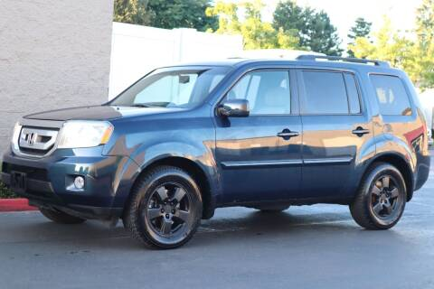 2009 Honda Pilot for sale at Overland Automotive in Hillsboro OR
