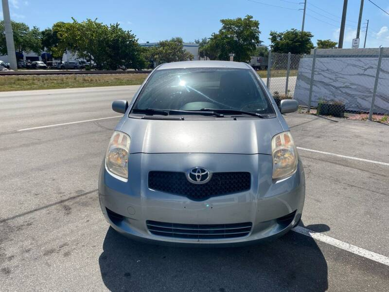 2007 Toyota Yaris for sale at UNITED AUTO BROKERS in Hollywood FL