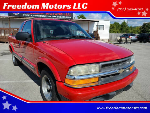 2001 Chevrolet S-10 for sale at Freedom Motors LLC in Knoxville TN