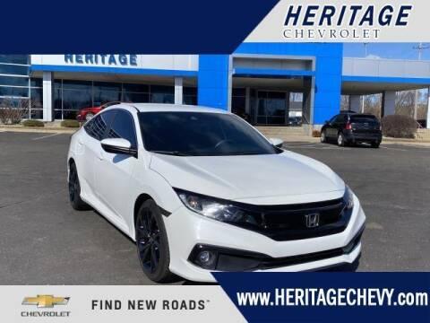 2019 Honda Civic for sale at HERITAGE CHEVROLET INC in Creek MI