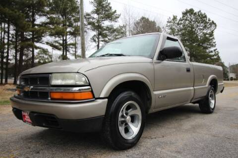 2002 Chevrolet S-10 for sale at Oak City Motors in Garner NC