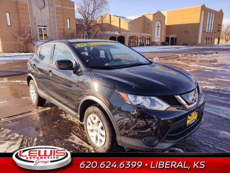 2019 Nissan Rogue Sport for sale at Lewis Chevrolet Buick of Liberal in Liberal KS