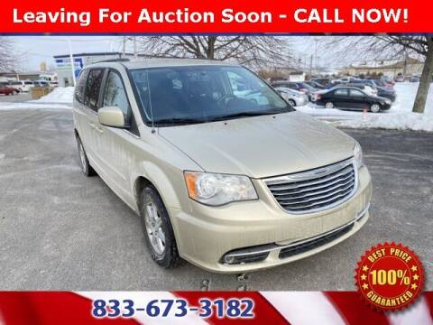 2012 Chrysler Town and Country for sale at Glenbrook Dodge Chrysler Jeep Ram and Fiat in Fort Wayne IN