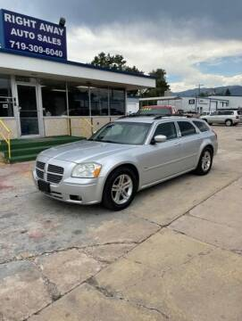 2005 Dodge Magnum for sale at Right Away Auto Sales in Colorado Springs CO