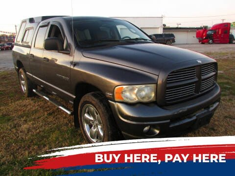 2003 Dodge Ram Pickup 1500 for sale at Auto World in Carbondale IL