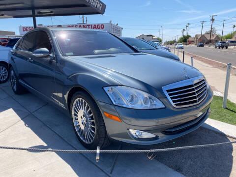 2007 Mercedes-Benz S-Class for sale at DESANTIAGO AUTO SALES in Yuma AZ