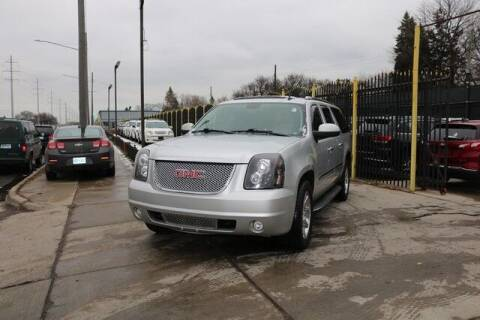 2010 GMC Yukon XL for sale at F & M AUTO SALES in Detroit MI