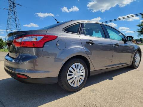 2014 Ford Focus for sale at CarNation Auto Group in Alliance OH