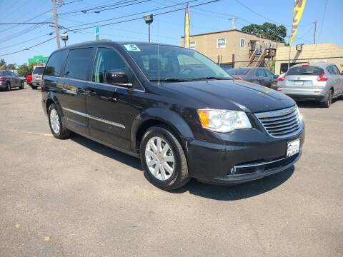 2015 Chrysler Town and Country for sale at Universal Auto Sales in Salem OR
