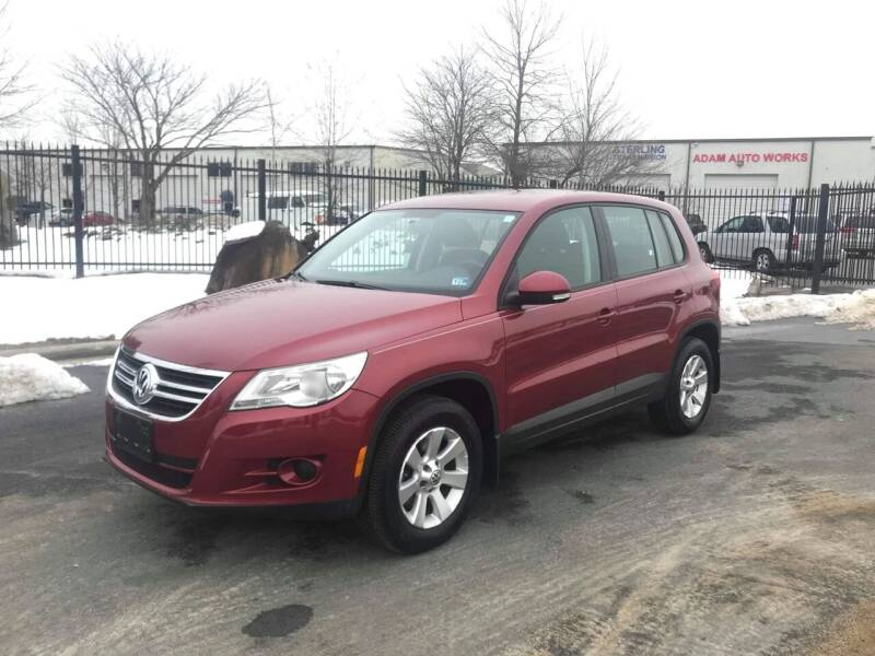 2010 Volkswagen Tiguan for sale at Dreams Auto Group LLC in Sterling VA