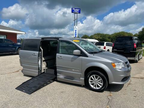 2015 Dodge Grand Caravan for sale at Summit Auto & Cycle in Zumbrota MN