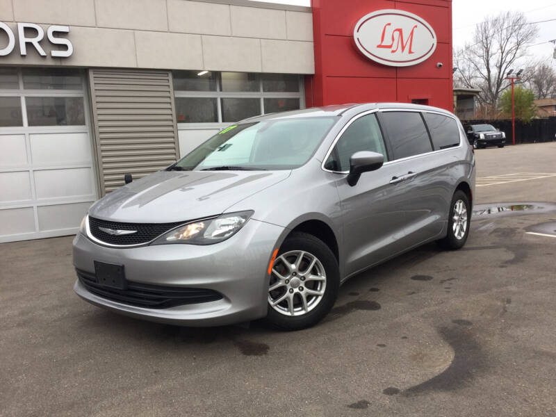 2017 Chrysler Pacifica for sale at Legend Motors of Detroit in Detroit MI