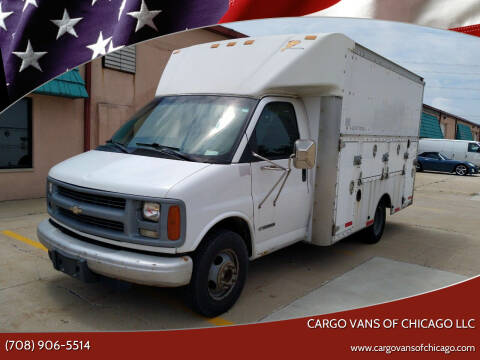 2002 Chevrolet Express Cutaway for sale at Cargo Vans of Chicago LLC in Mokena IL