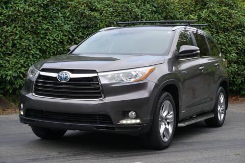 2016 Toyota Highlander Hybrid for sale at West Coast Auto Works in Edmonds WA