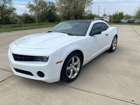 2013 Chevrolet Camaro for sale at Mr. Auto in Hamilton OH