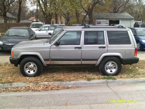 2001 Jeep Cherokee for sale at D & D Auto Sales in Topeka KS