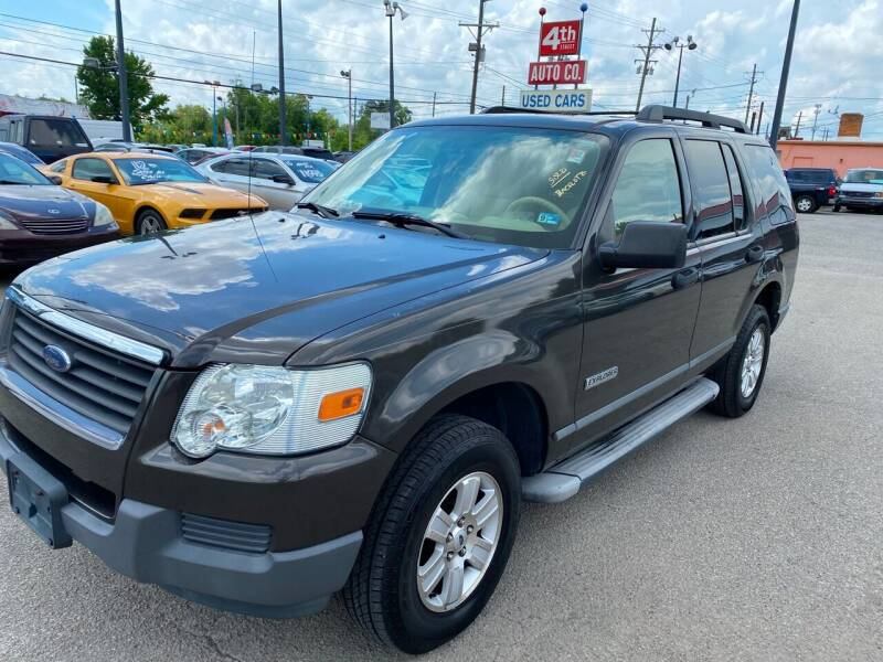 2006 Ford Explorer for sale at 4th Street Auto in Louisville KY