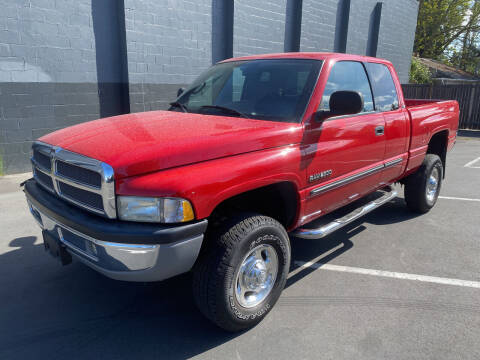2002 Dodge Ram Pickup 2500 for sale at APX Auto Brokers in Lynnwood WA