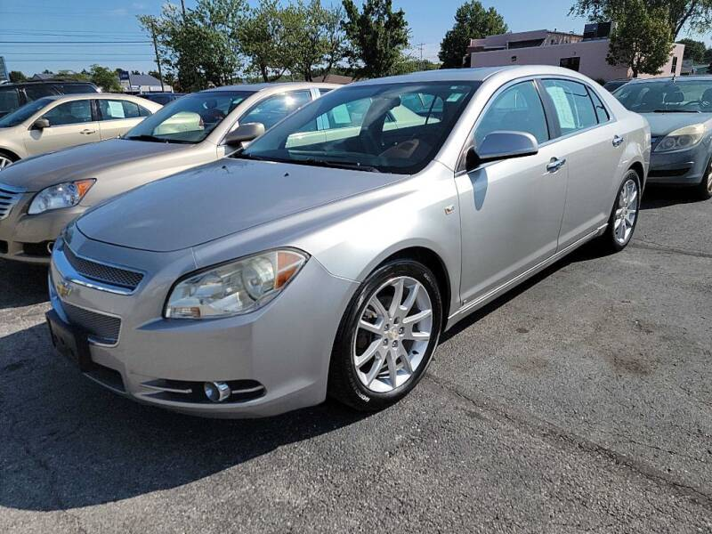 2008 Chevrolet Malibu for sale at Lakeshore Auto Wholesalers in Amherst OH