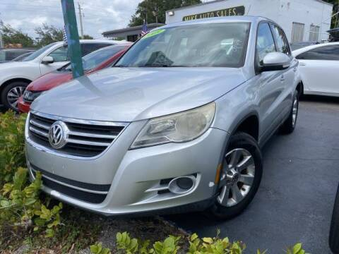 2009 Volkswagen Tiguan for sale at Mike Auto Sales in West Palm Beach FL