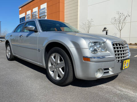 2006 Chrysler 300 for sale at ELAN AUTOMOTIVE GROUP in Buford GA