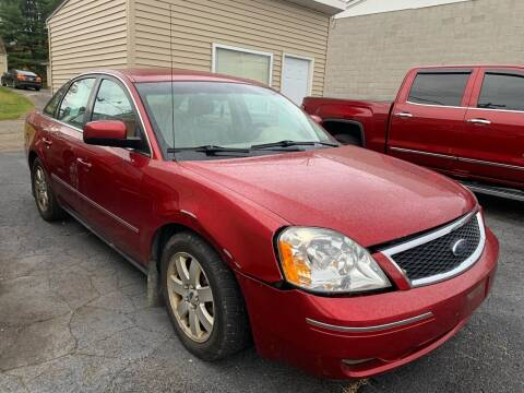 2006 Ford Five Hundred for sale at G & G Auto Sales in Steubenville OH