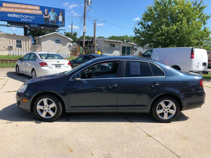 2009 Volkswagen Jetta for sale at Zacatecas Motors Corp in Des Moines IA