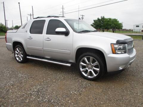 2013 Chevrolet Avalanche for sale at LK Auto Remarketing in Moore OK