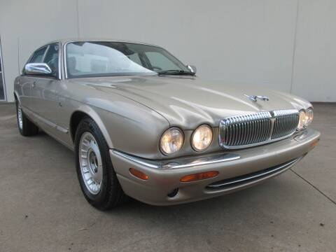 2000 Jaguar XJ-Series for sale at QUALITY MOTORCARS in Richmond TX