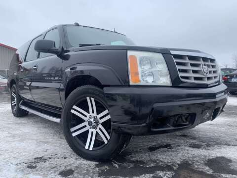 2004 Cadillac Escalade ESV for sale at LUXURY IMPORTS in Hermantown MN