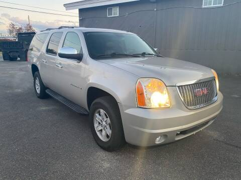 2009 GMC Yukon XL for sale at BONIA MOTORS in Lynn MA