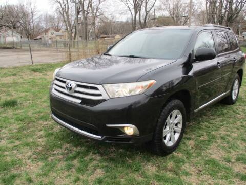 2011 Toyota Highlander for sale at Dons Carz in Topeka KS