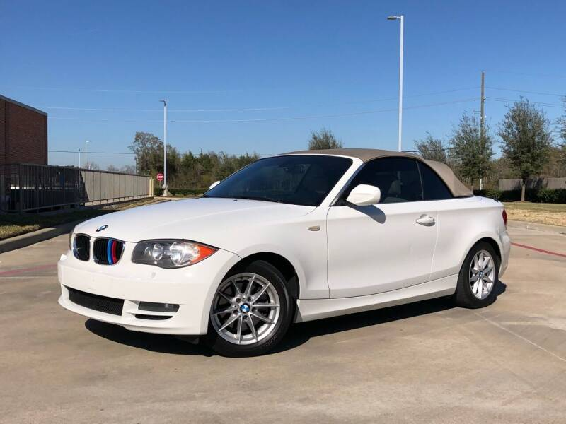 2010 BMW 1 Series for sale at AUTO DIRECT in Houston TX