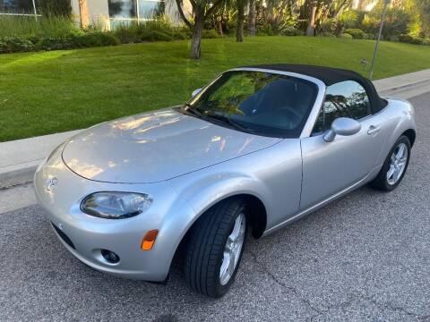 2006 Mazda MX-5 Miata for sale at Donada  Group Inc in Arleta CA